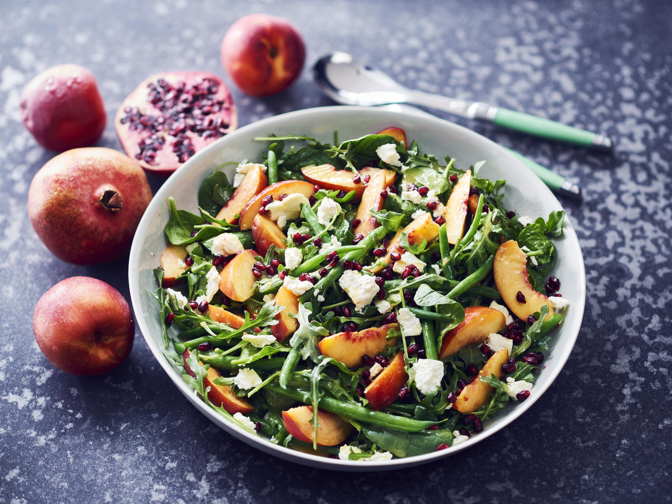 Rocket, Spinach and Nectarine Salad
