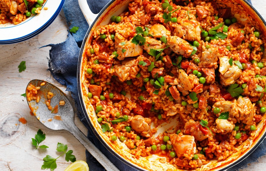 Chicken, Tomato and Chorizo Spanish-Style Rice Ardmona Recipes