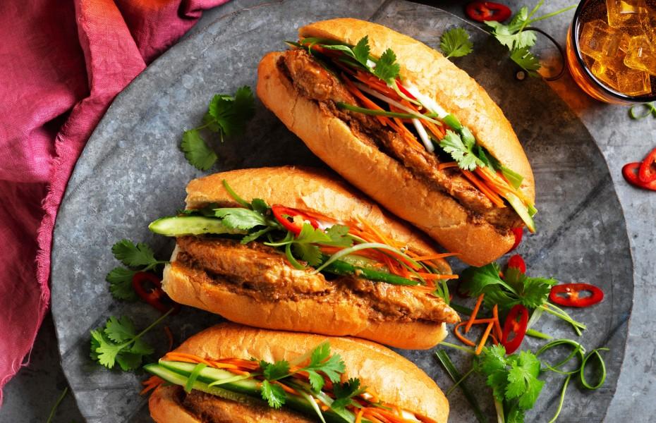 Satay chicken Banh Mi