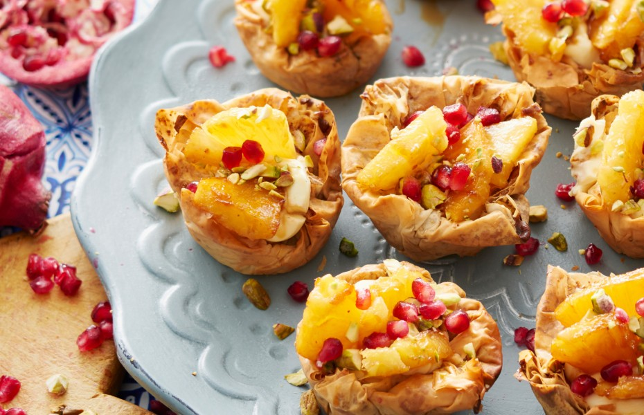PHILLY Cream Tartlets with Grilled Pineapple