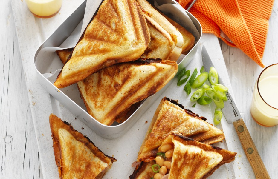 Baked Bean Jaffles with Cheese, Ham and Shallots