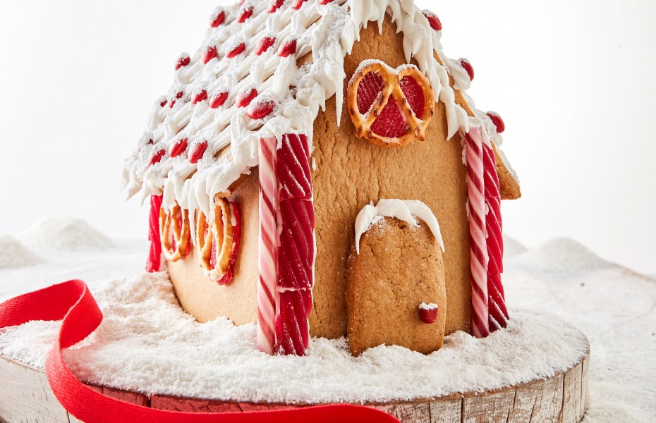 Gingerbread House recipe with templates