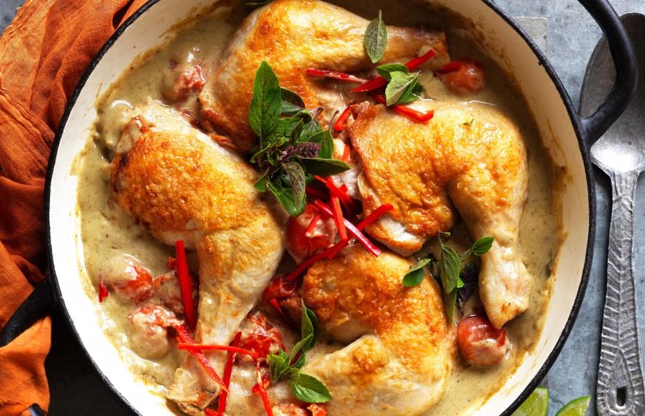 Green Thai curry chicken thighs