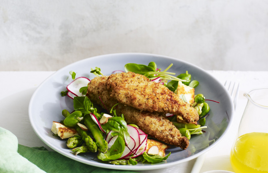Chicken Breast Strips with Asparagus and Haloumi Salad