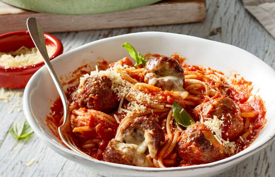 Cheese-Stuffed Beef Mince Meatballs and Pasta recipe