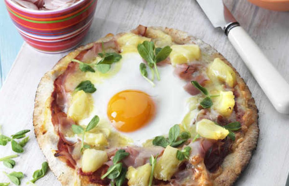 Egg Pita Pizzas