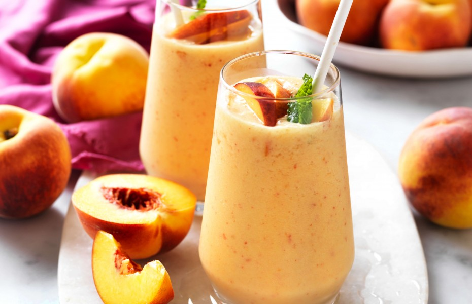 Healthy peach smoothie recipe with coconut