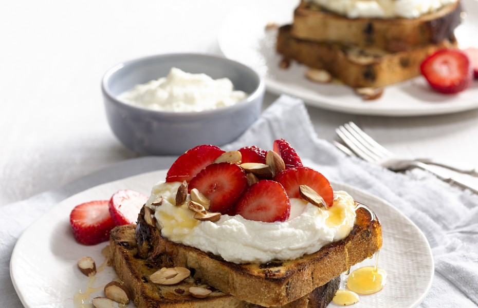 Honeyed Ricotta on Fruit Bread with Strawberries