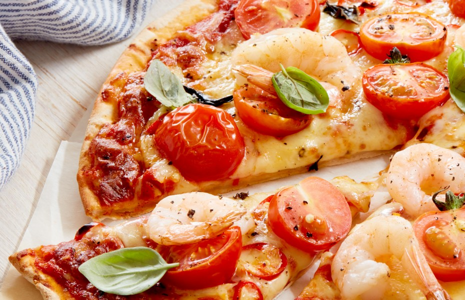 Chilli Prawn and Tomato Pizza