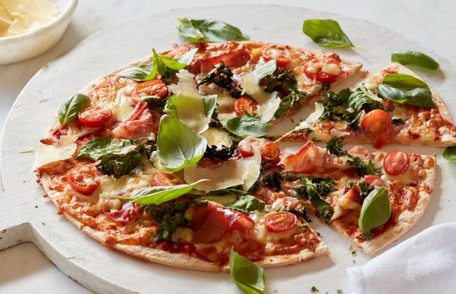 Baby Greens, Cherry Tomato and Prosciutto Pizza
