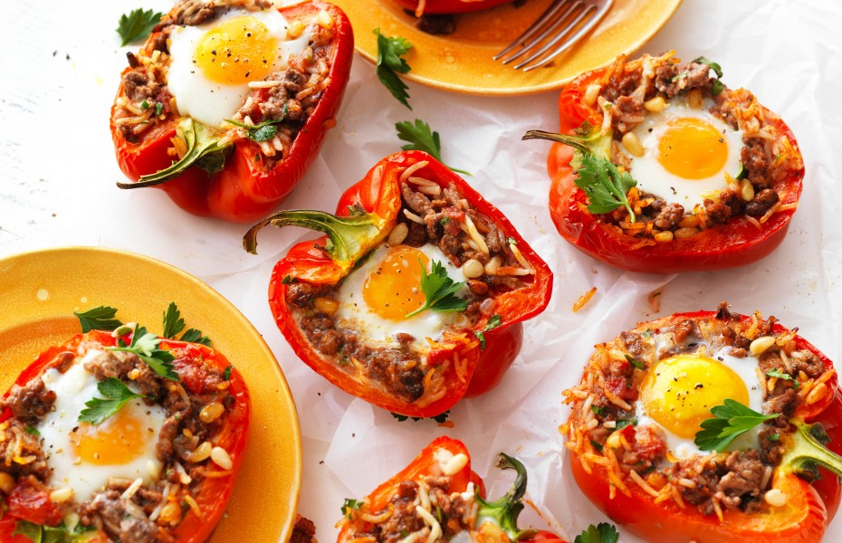 Best stuffed peppers with rice, mince and egg recipe
