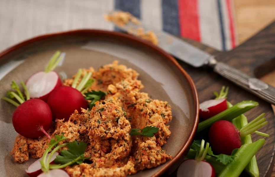 Chunky Sundried Tomato and Parmesan Dip