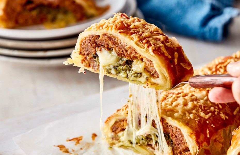 Giant Family size sausage roll recipe