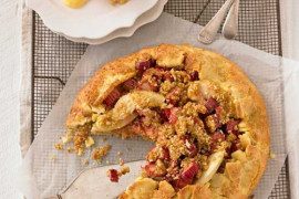 Free-Form Apple, Rhubarb and Crumble Tart