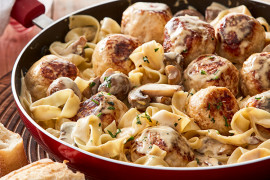 One of the main dilemmas with making meatballs with mince is how to make meatballs stick together. If you're wondering how do you make meatballs that don't fall apart, follow these tips. As well as mince recipes and pasta bake recipes for weeknight dinner ideas.