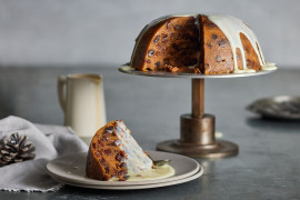 Last minute microwave Christmas pudding