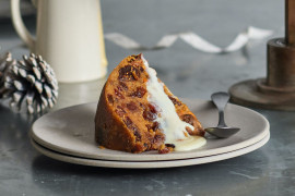 How to reheat Christmas pudding in the microwave