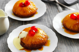 Grandma's best vintage baking recipes: Pineapple upside down cake