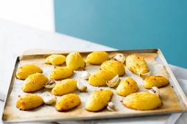 How to make perfect roast potatoes in the oven