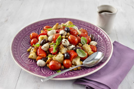 Roasted Red Panzanella Salad