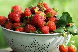 How to Store and Freeze Strawberries