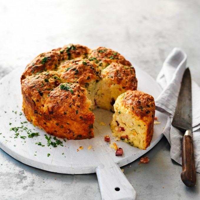 Cheese and bacon pull-apart loaf recipe
