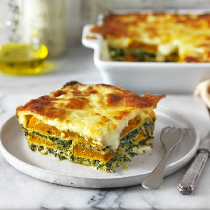 Vegetarian lasagne with spinach, ricotta and pumpkin