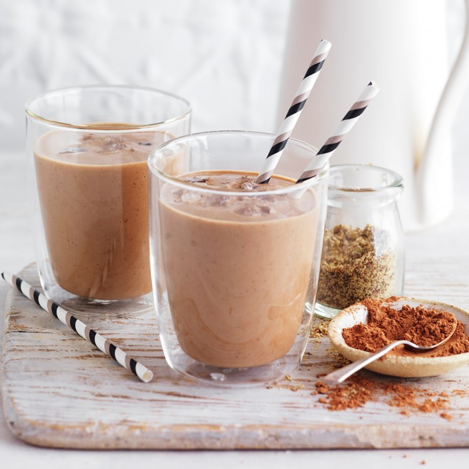 Almond Milk smoothie Cacoa and Nut Protein