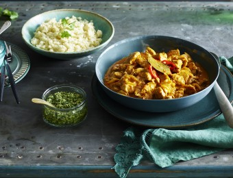 Indian coconut chicken curry