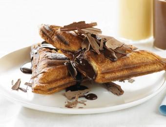 Hot Chocolate and Custard Jaffle