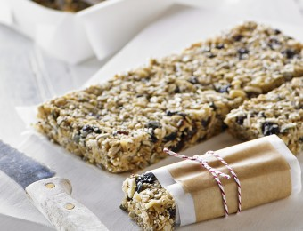 Macadamia And Chai Muesli Bars
