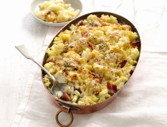 Perfect Italiano Cauliflower, Pancetta and Pangratto Macaroni Bake