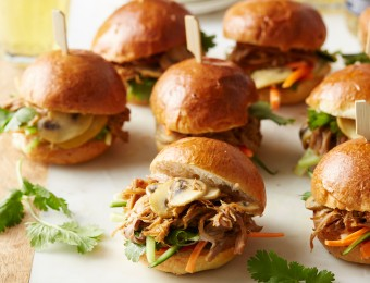 Pulled Pork and Mushroom Sliders