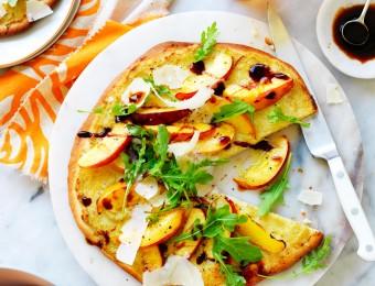 Yellow nectarine, artichoke and rocket pizza