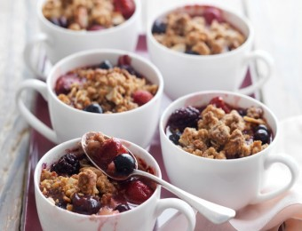 Mixed Berries & Pear Cookie Crumbles