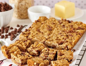 Milk Chocolate Chip ANZAC Slice