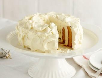 Gingerbread Ripple Wreath Cake