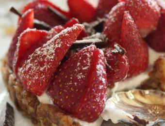 Date, cashew and walnut yoghurt strawberry tart