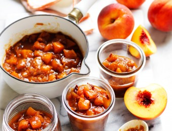Yellow peach and chipotle chutney
