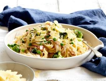 One Pot Bacon, Broccoli and Pea Linguine