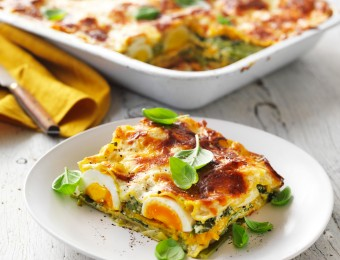 This vegetarian lasagne recipe is layered pumpkin lasagne sheets and spring vegetables. Easy spinach and ricotta vegetable lasagne is the perfect summer vegetarian recipe.