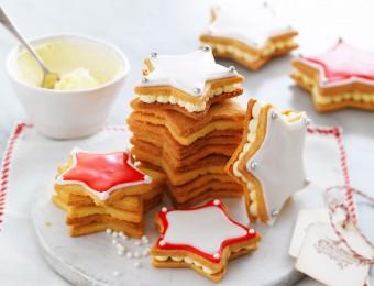 Shortbread christmas cookies with sprinkles