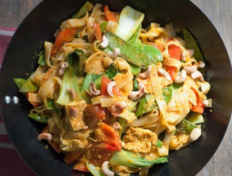 Coconut Curry with Tofu and Cashews