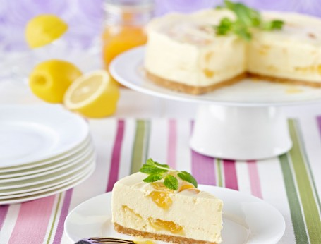 White Chocolate and Lemon Swirl Cheesecake