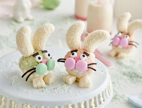 White Chocolate crackle Easter bunny head desserts