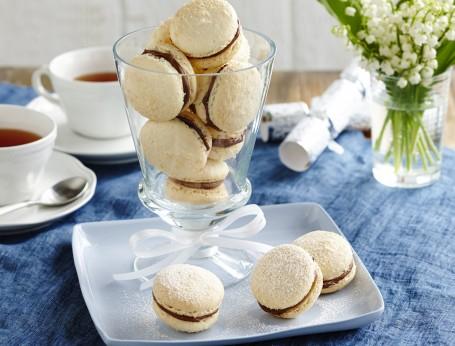 Coconut Snow Macarons