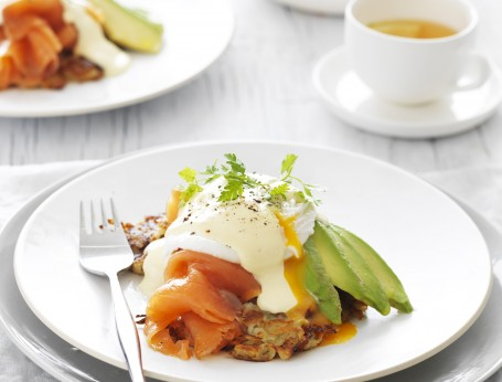 Poached Egg with Smoked Salmon and Avocado