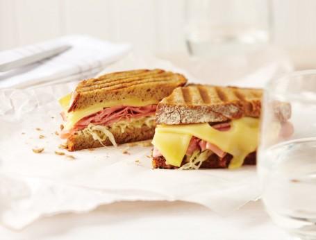 New York Reuben Sandwich