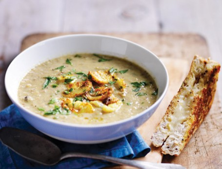 Healthy Mushroom Cauliflower Soup recipe