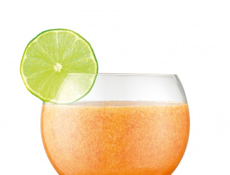 Peach and Lime Crush - cocktail recipe made with the Boss To Go personal blender